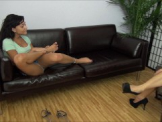 Teen Arianna And Her Sex Therapist Lick Their Feet-Lesbian Foot Worship